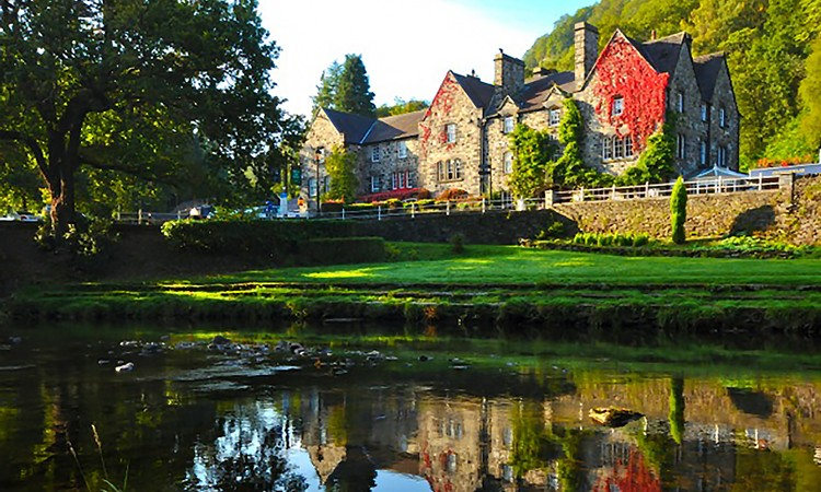 Accommodation around Betws-y-Coed